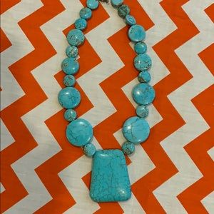 Stone Necklace-Turquoise in color